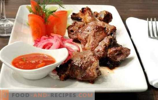 Skewers in a pork frying pan - cook your favorite dish at home! The best recipes for fragrant kebabs in a pork pan