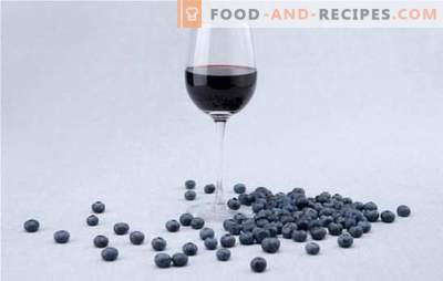 Features of the preparation of blueberry wine mash. Simple recipes of traditional blueberry wines for home winemaking