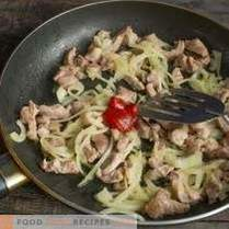 Cabbage and pork salad - quick and very tasty
