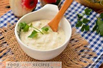 Sour cream sauce for fish