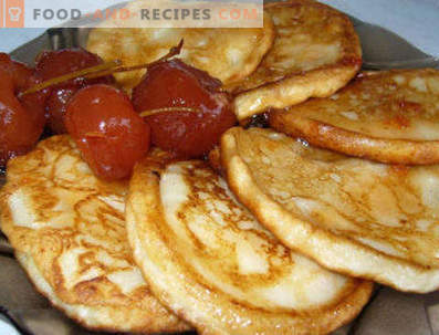 Fritters on cottage cheese