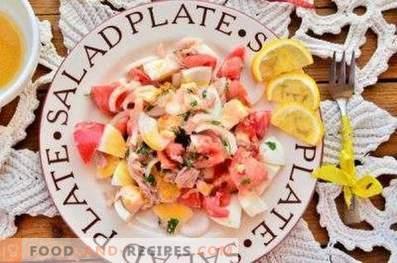 Salads with canned tuna