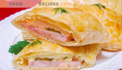 Puffs with ham and cheese