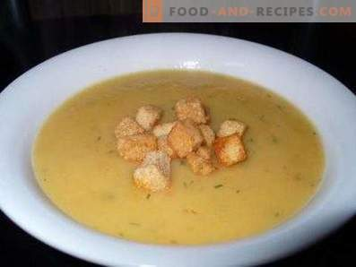 Mashed Potato Soup with Croutons